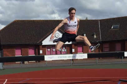 MCLEAR & CANHAM STRIKE GOLD AT ESAA CHAMPS AND LEAD UK RANKINGS