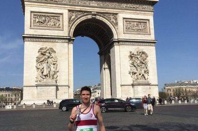 """MARATHON """"MANN"""" TAKES ON PARIS"""